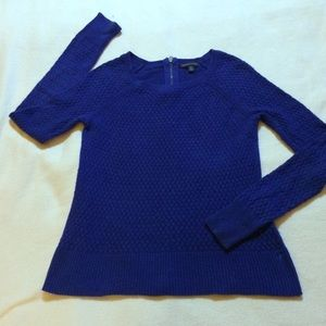 AMERICAN EAGLE OUTFITTERS S ROYAL BLUE SWEATER